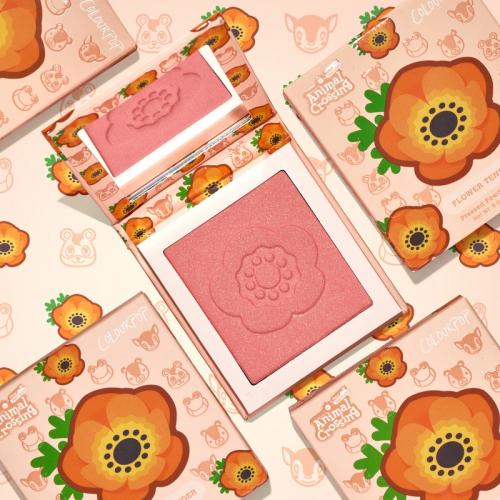 flower-tender-blush